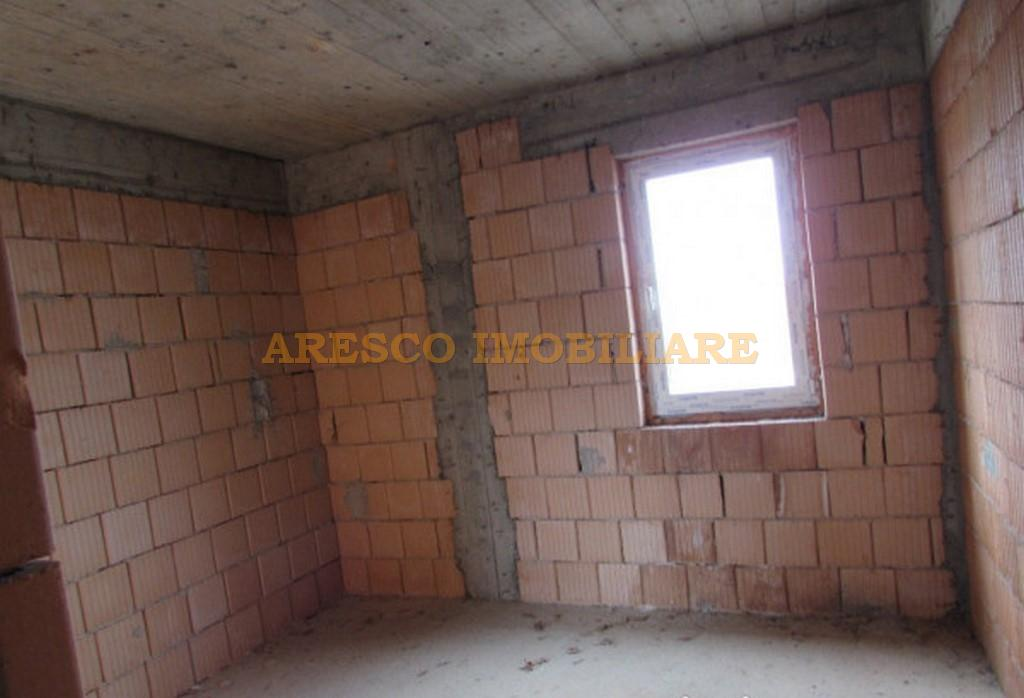 For sale duplex house located in Faget - AR 4865